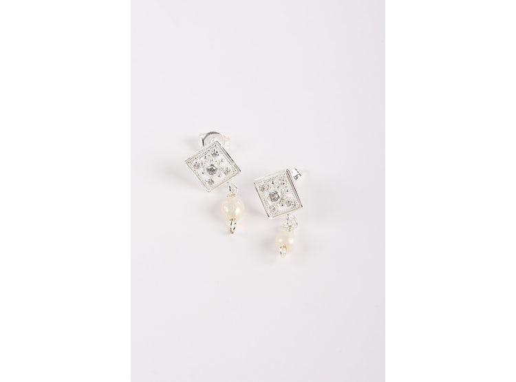 0599716d1129 Ripley - Aros de plata con strass y perlas
